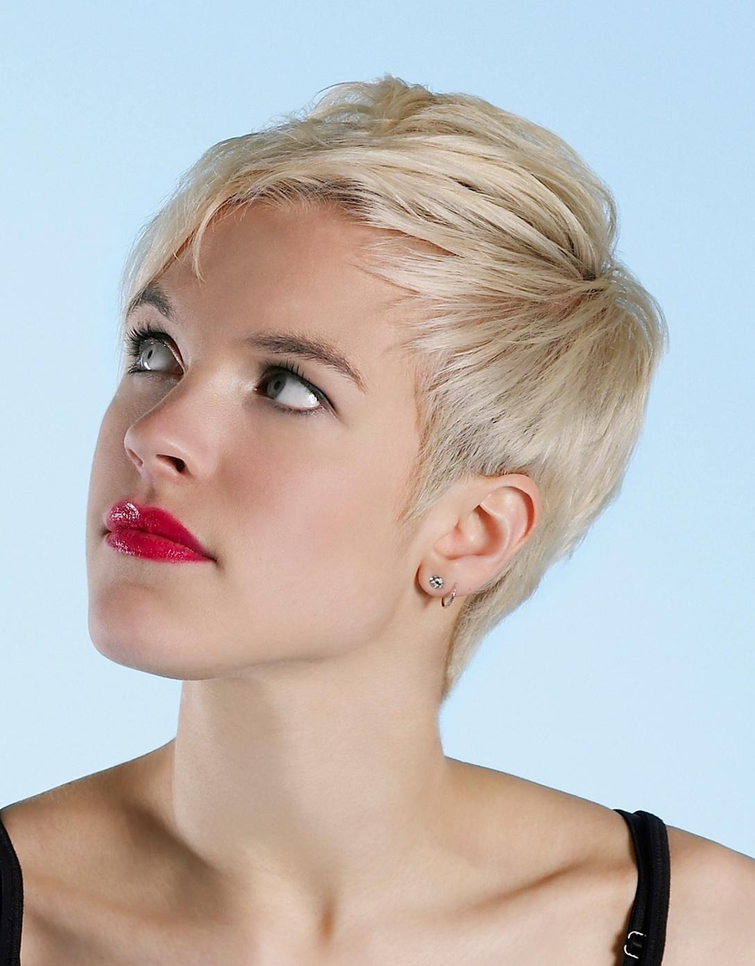 Короткие женские стрижки для редких волос картинки