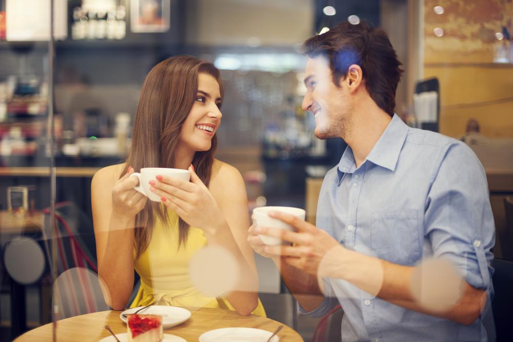 картинки кафе для двоих замок